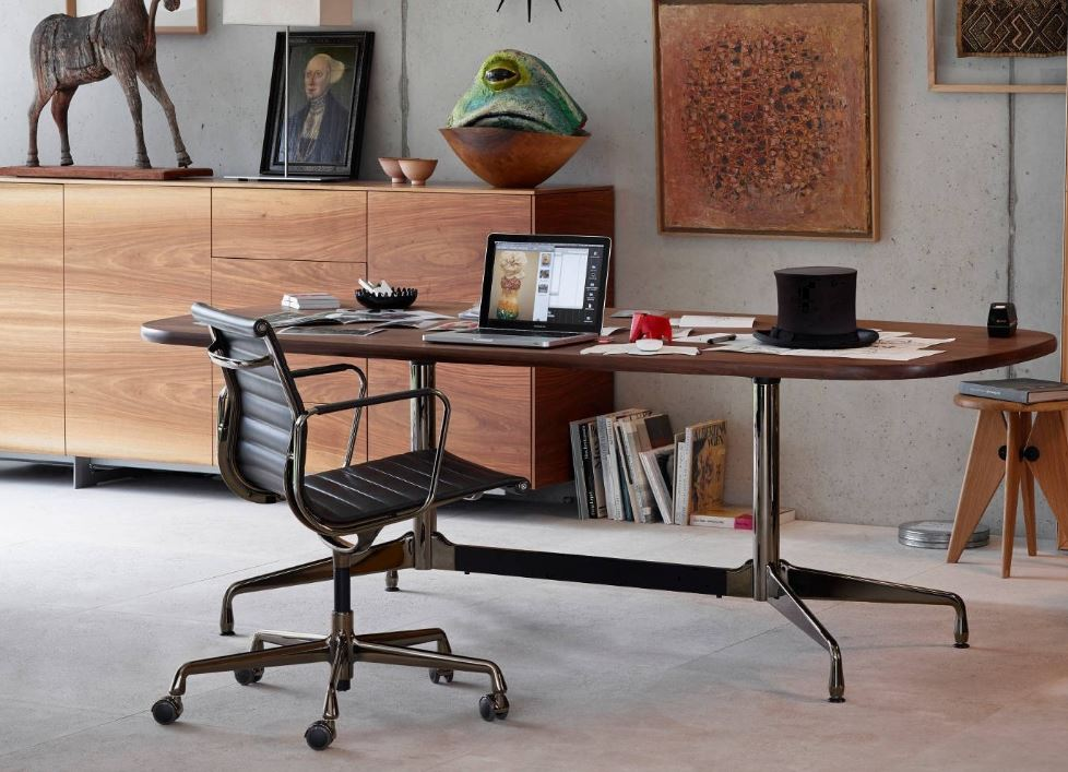 Eames Office Ribbed Chair. Mid Century Modern Furniture