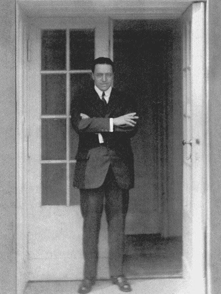 Ludwig Mies van der Rohe Barcelona Sofa