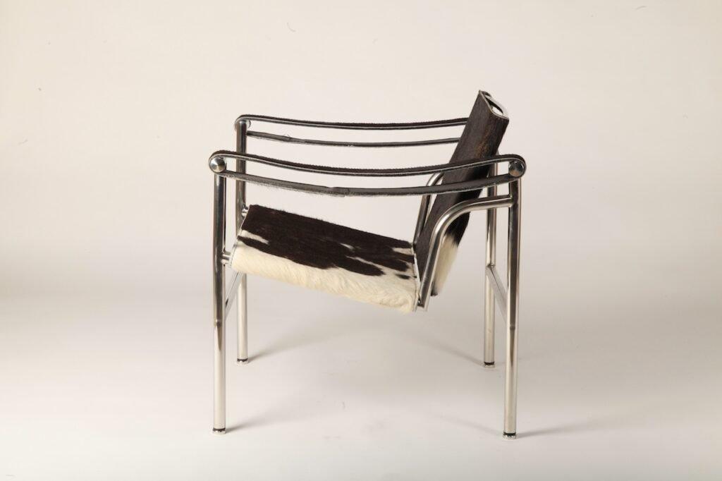 Mid Century Modern Chairs LC1