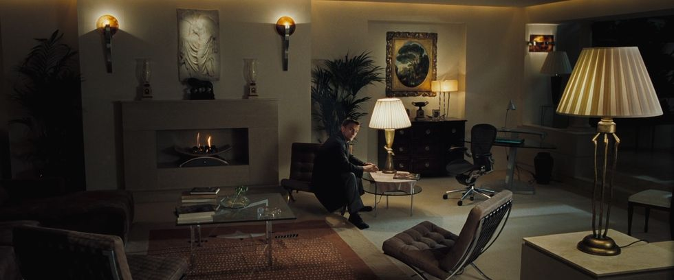 Barcelona Chair in James Bond movie