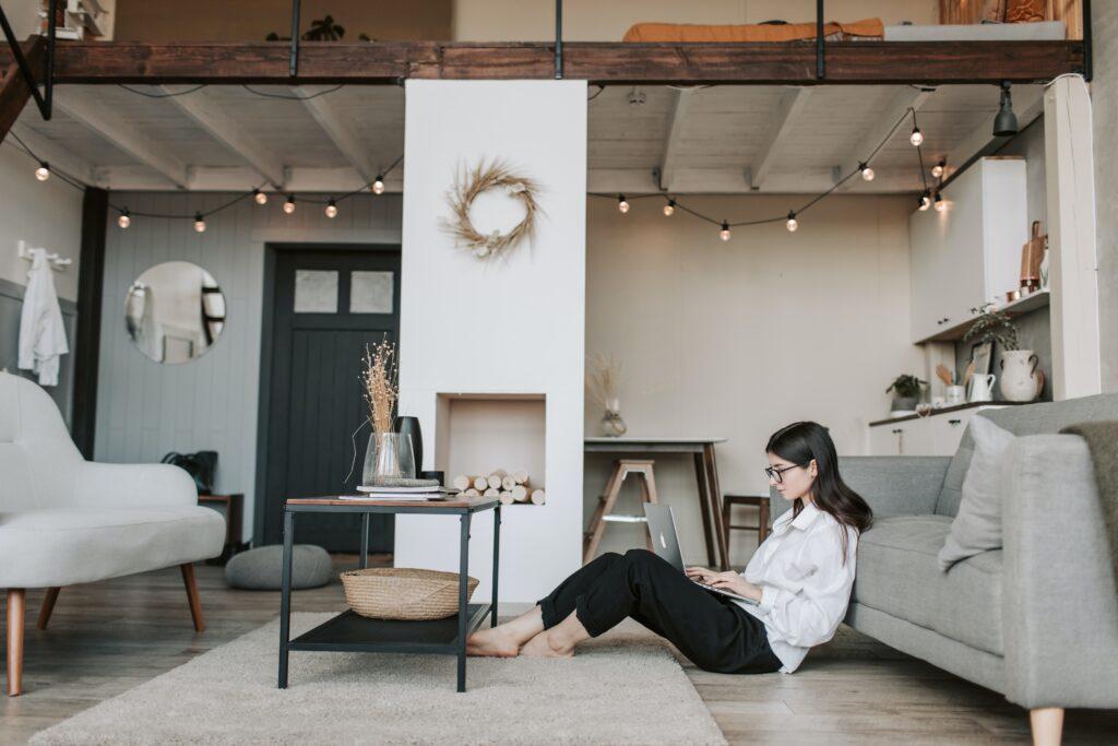 women planning interior design